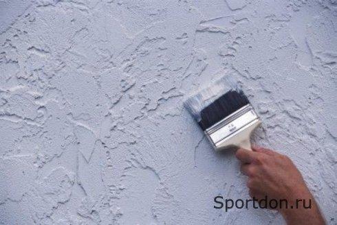 Плюсы и минусы окрашенных стен