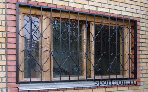 Что выбрать: сварные или кованые решётки на окна?