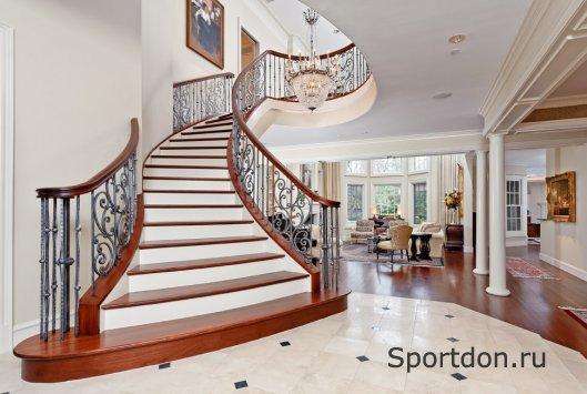 Бетонные лестницы для загородных домов