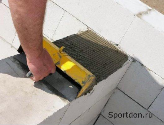 Особенности работы с газобетонными блоками
