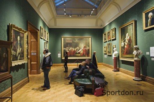 Лучшее освещение для картинной галереи