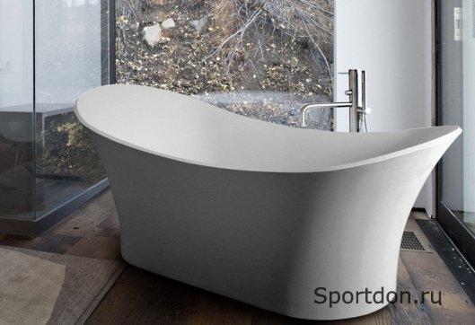 Отдельностоящая ванна – элемент роскоши в интерьере